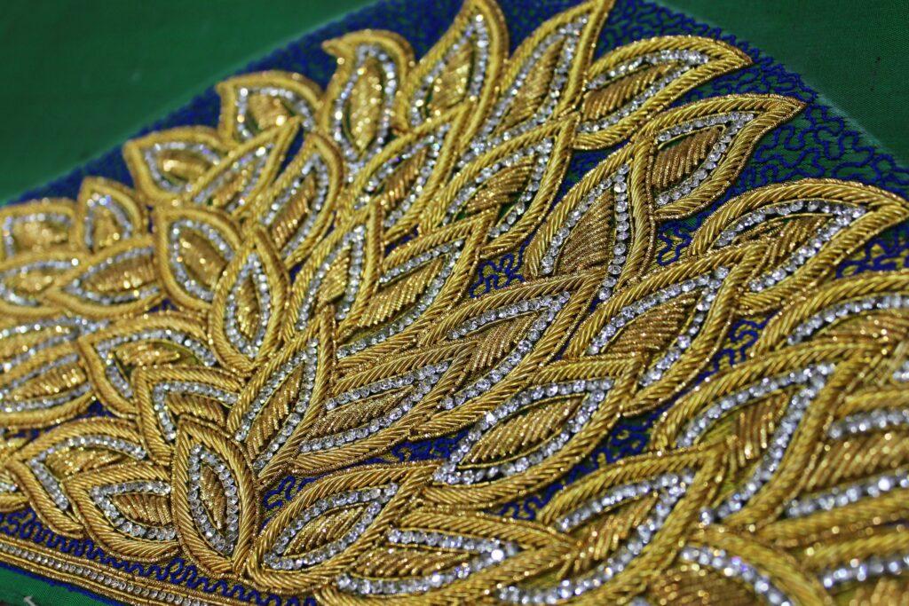 индийская вышивка зардози