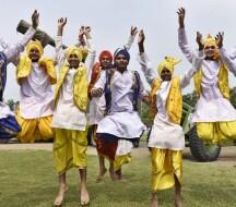 Бхангра - мужской танец из штата Пенджаб
