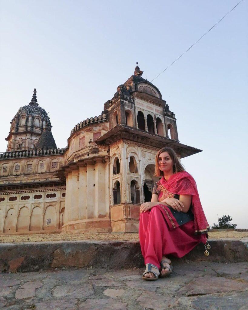 Хинди Индия Сари Рерих